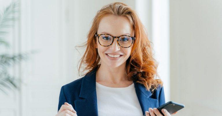 white-collar-office-worker-female